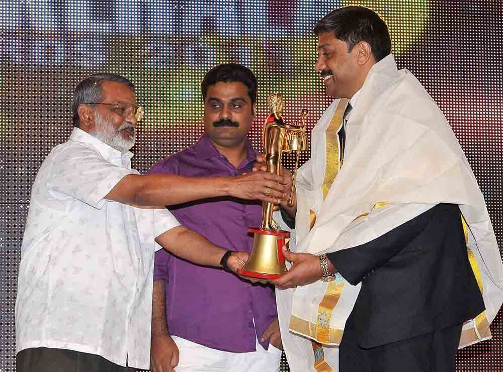 Big Kerala Award @ Dubai one among 10